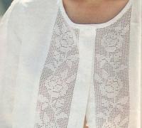 Блузка с филейной вставкой