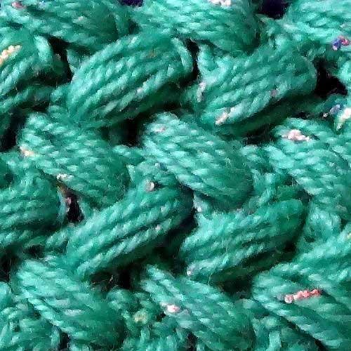 Объемный плетеный узор из
