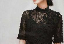 Филейная блузка с объемными цветочками