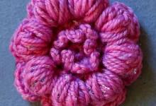 Цветочек из пышных столбиков с закрепом