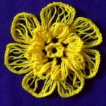 Объемный цветок на вилке