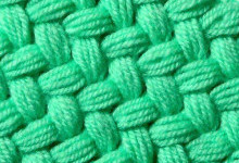 Плетеный узор из пышных столбиков