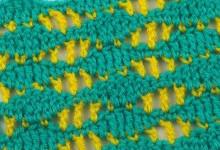 Волнистый узор из двух цветов пряжи